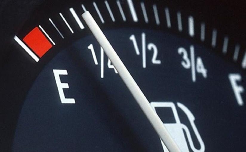 خبراء السيارات يوضحون أسباب إستهلاك الوقود