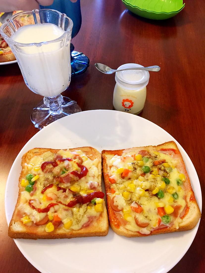早餐吐司披薩(超簡單)的做法_【圖解】早餐吐司披薩(超簡單)怎么做如何做好吃_早餐吐司披薩(超簡單)家常做法大全_Totakeke_豆果美食