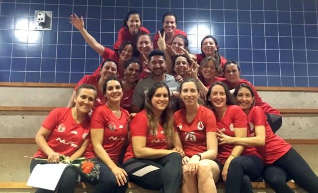 Equipo de naciones SIEB obtiene segundo lugar en liga para madres