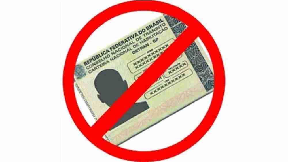 Pai que não pagou pensão tem suspenso seu direito de dirigir