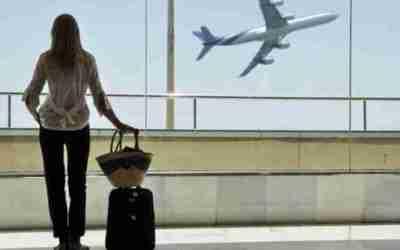 Companhia aérea deverá ressarcir clientes em razão de perda de conexão