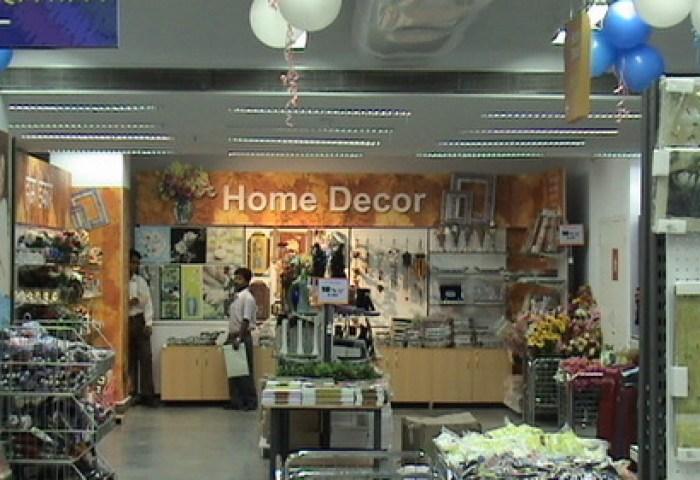 Retail Shop Interior Retail Shop Interior Service Provider