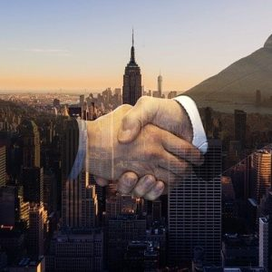 handshake-4011419_640