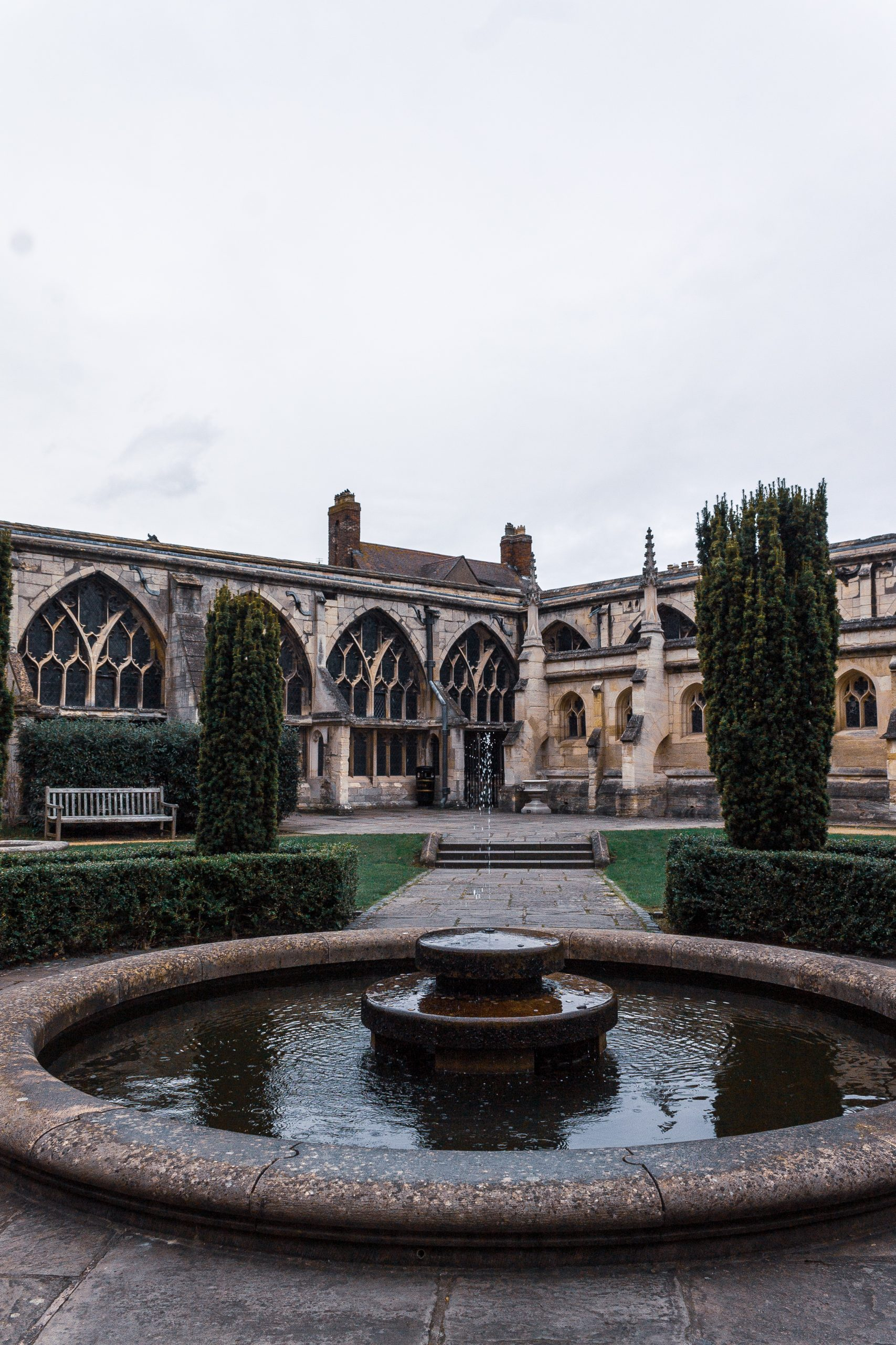 Gloucester cathedral garden