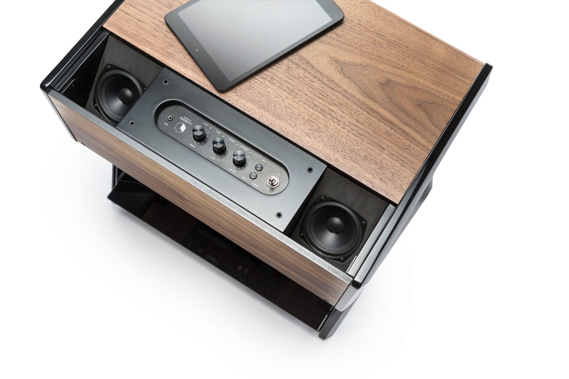 La-Boite-concept-x-Samuel-Accoceberry-Cube-Woody-5-1960x1307