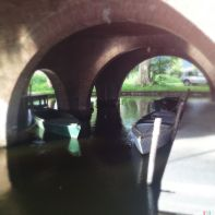 Questa è la darsena proprio sotto il B&B La Piaggetta, in passato è stato il porto di attracco del Lago di Massaciuccoli.