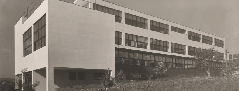 Rudolf Sandalo: Vesna Trade School for Women by Bohuslav Fuchs, Brno, 1931