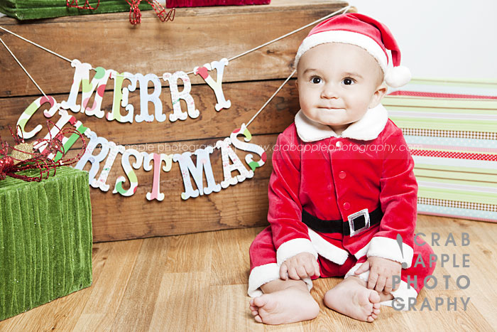 Family Photos Outdoor Christmas Baby Portraits