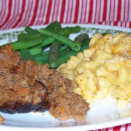 meat loaf, macaroni & cheese, and green beans