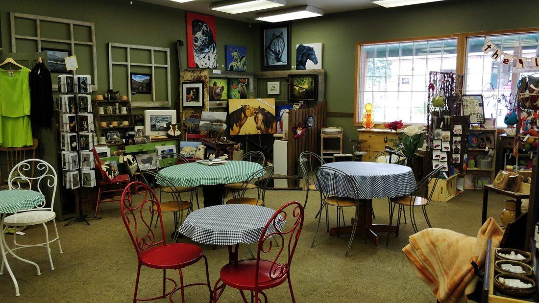 Market Junction Cafe Seating