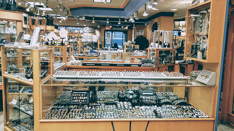 Banff Without A Car rocks and gems store