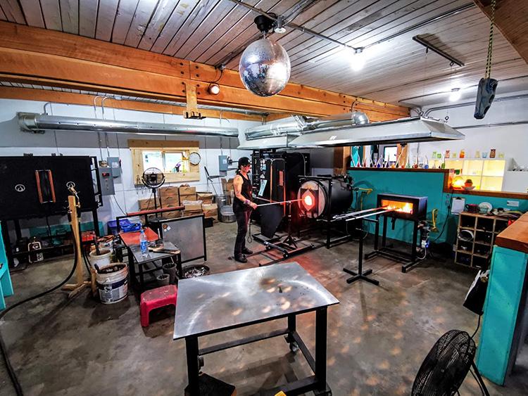 LUNA Art Festival Open Studio Big Eddy Glassworks