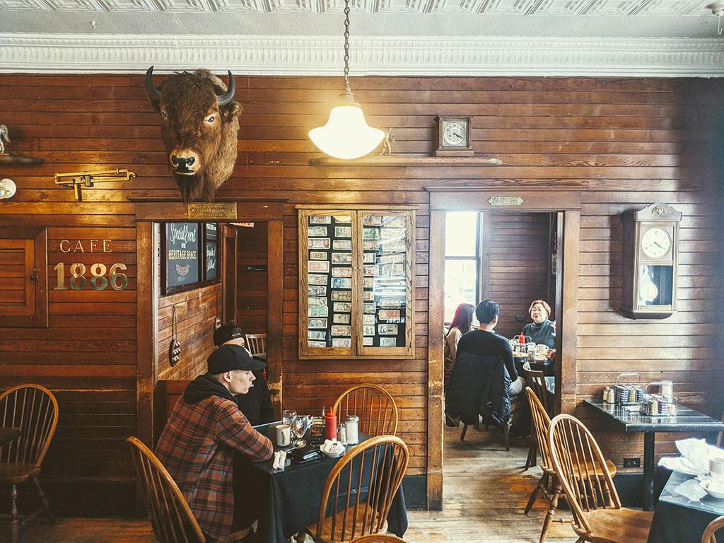 1886 Buffalo Cafe Inside