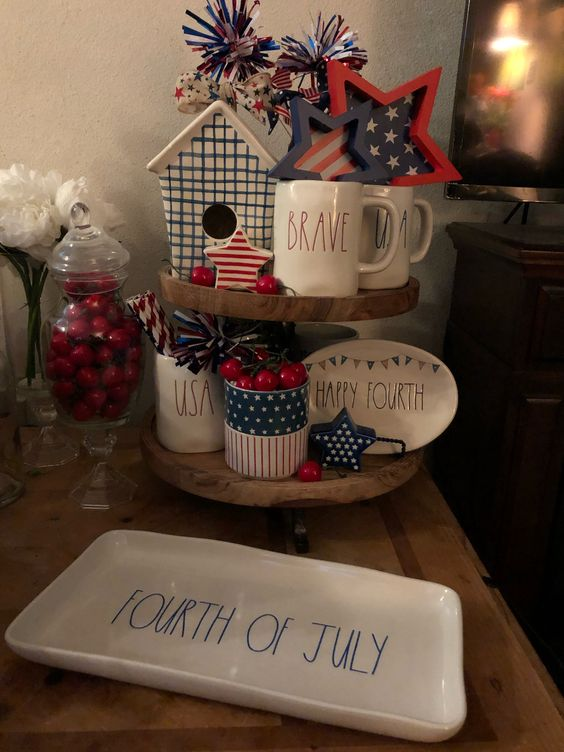 4th of July Tiered Tray Decor