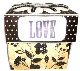 Altered Scrapbooking – Scrapbook In A Box