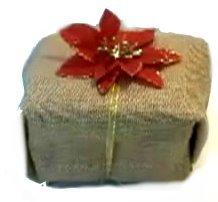 potato-sack-gift-wrapping