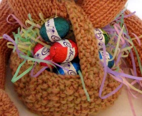 Knitted Easter Basket