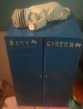 Baby Shower – Diaper Cupboard