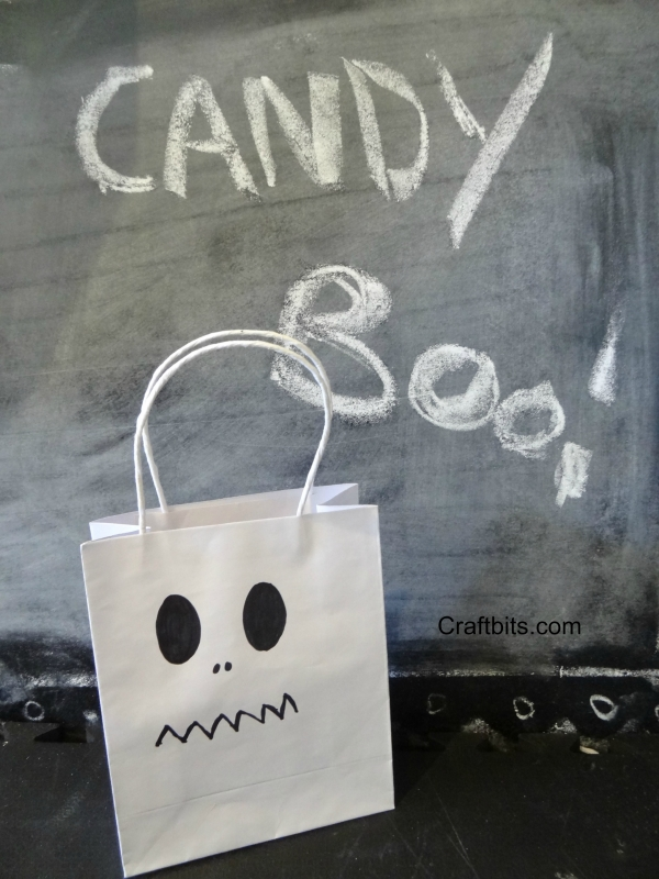 Halloween Treat Bags –  Sharpie Ghosts