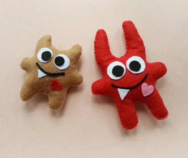 Make Cute Felt Monsters for Halloween