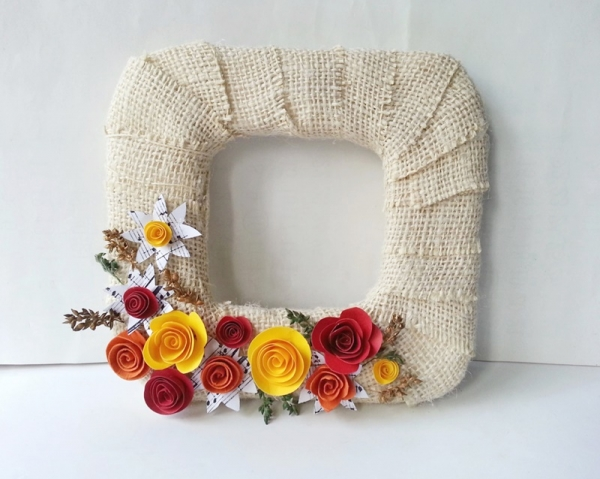 Create a Beautiful Fall Burlap Wreath