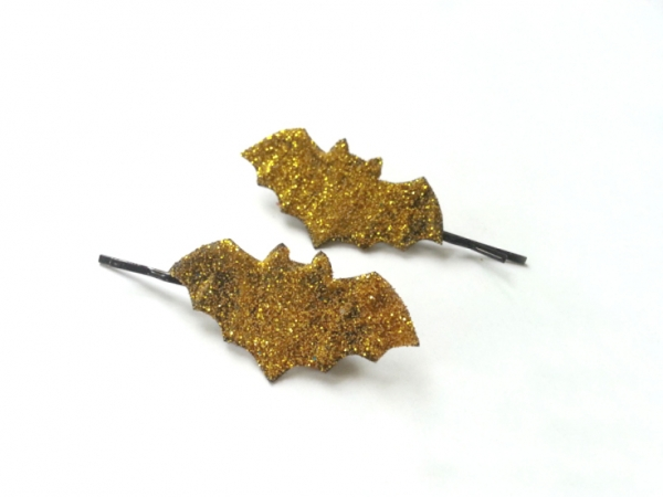 Make a Glittery Bat Hair Clip