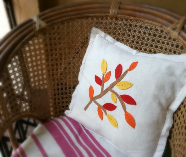Easy to Make Fall Leaves Pillow