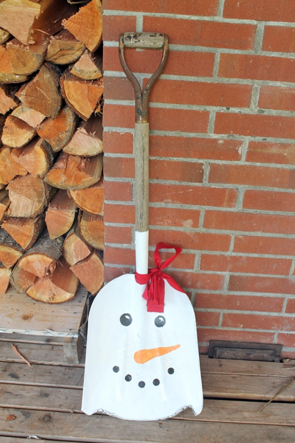DIY Snowman Shovel Porch Decor