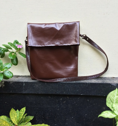 DIY Stylish Leather School Satchel