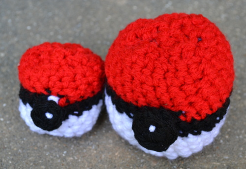crocheted pokeballs pattern