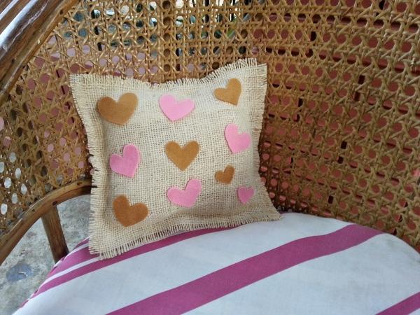 DIY Hearty Pillow