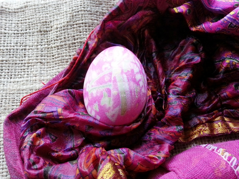 Silk Dyed Eggs!