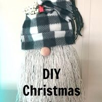 DIY Christmas Gnome Wreath