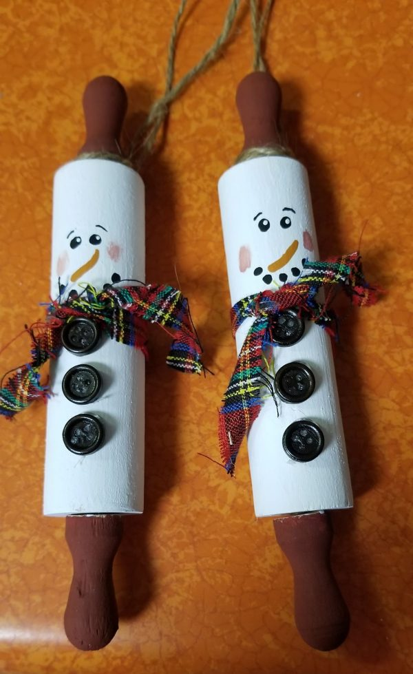 Kids Craft – Rolling Pin Snowman