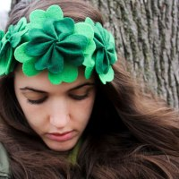 DIY: Clover Crown for St. Patrick's Day