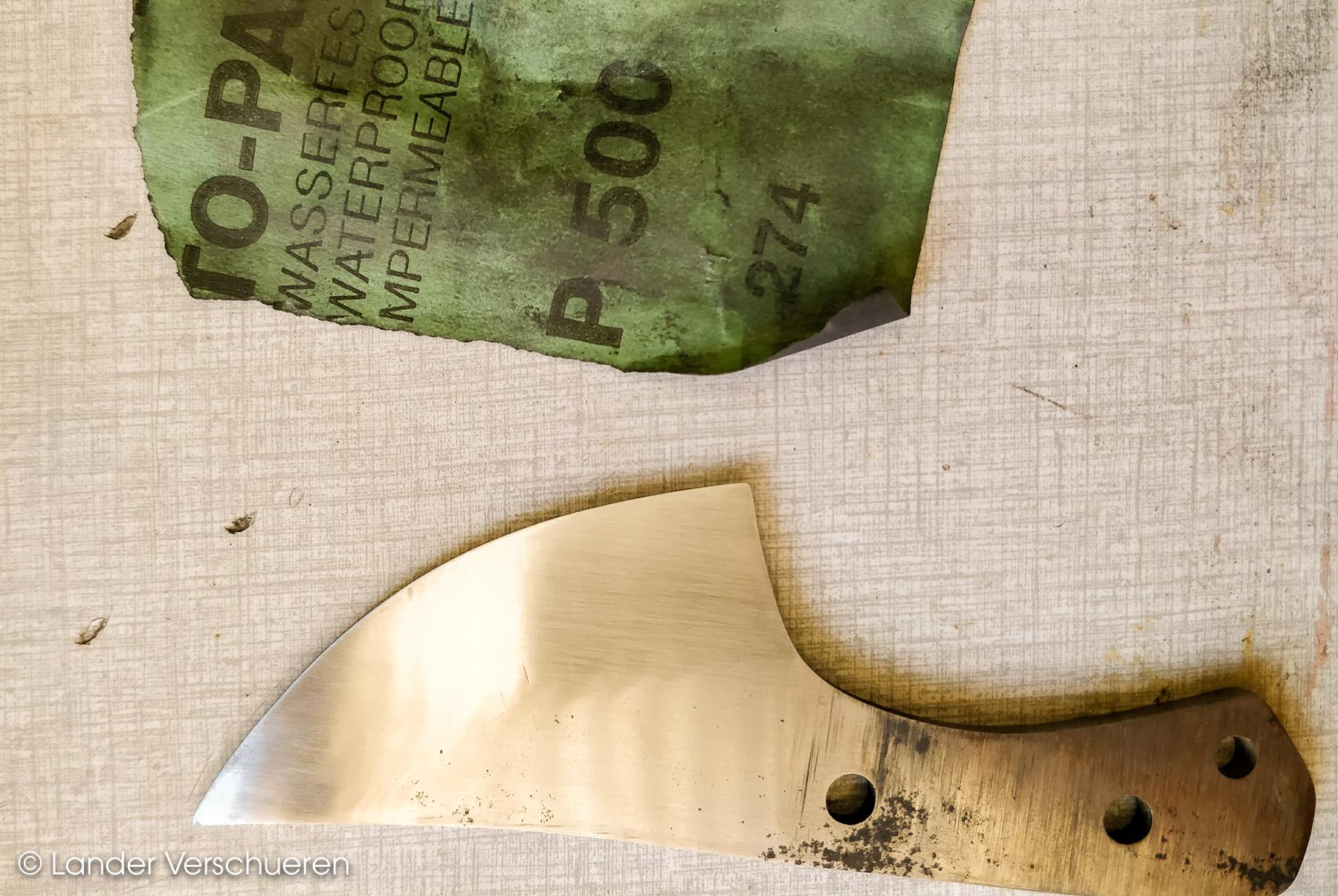 Lander Verschueren mes maken knife knives knifemaking handgemaakt handcrafted neck knife messen zelfgemaakt wapen staal metaal metaalbewerking small