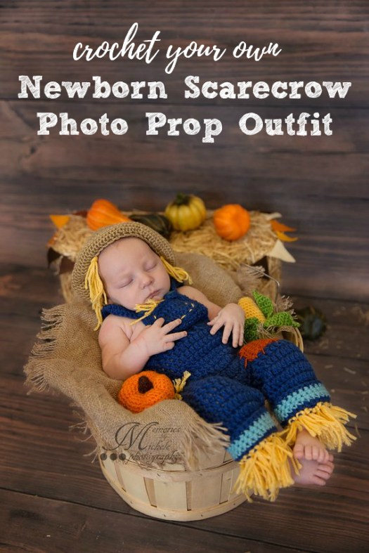 How adorable! A sweet little scarecrow photo prop outfit for a newborn baby! What a great idea for a fall photoshoot! #craftevangelist