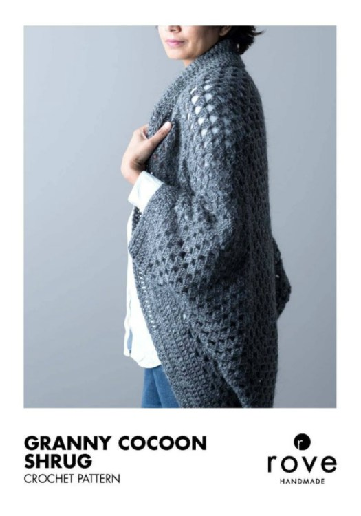 Love this light-looking granny cocoon shrug crochet pattern, perfect for keeping warm in a cool office! Looks easy to crochet! #crochet #pattern #yarn #crafts #grannysquare #sweater #cardigan #craftevangelist