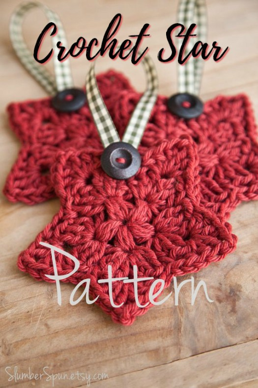 I love this crocheted star pattern! Makes a perfect tree ornament! Great quick handmade gift idea! Excellent gift for co-workers. #handmadegifts #ornaments #star #christmas #crochet #yarn #pattern #handmade #treeornament #crafts #craftevangelist