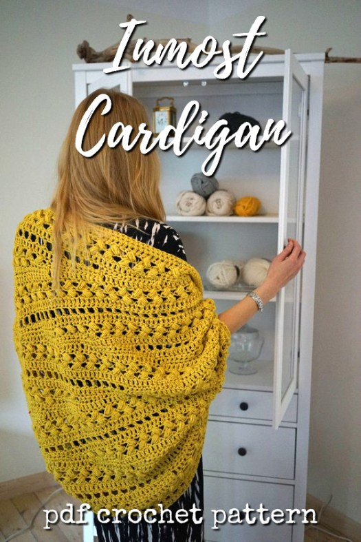 Lovely crocheted cocoon cardigan pattern with an interesting puffy stitch. Great winter break project! #crochet #pattern #cardigan #crochetforwomen #crochetpattern #yarn #crafts #craftevangelist