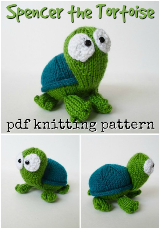 Super sweet knitting pattern for this amigurumi tortoise stuffed animal! Love this adorable turtle pattern! And knit instead of crochet! #knittingpattern #knitamigurumi #knitting #pattern #amigurumi #yarn #crafts #craftevangelist