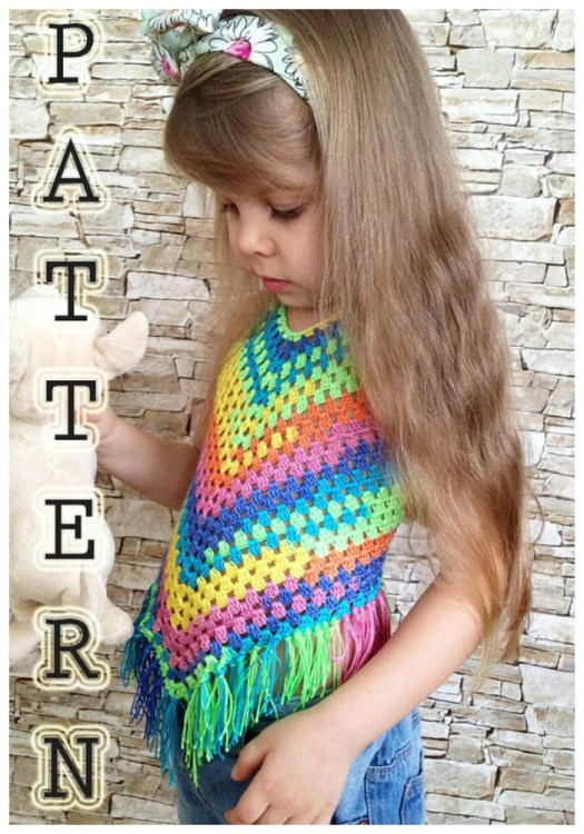 Sweet and simple granny square style crochet open back toddler poncho pattern! Perfect project for a beginner! #crochet #beginngercrochet #crochetpattern #pattern #yarn #crafts #grannysquare #poncho #summercrochet #summercrochetproject #craftevangelist