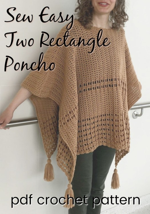 Fantastic Fall poncho crochet pattern! Easy beginner crochet pattern. I love the tassels on this fall poncho! #crochetpattern #crochet #pattern #yarn #crafts #poncho #craftevangelist