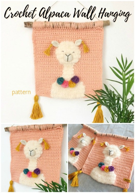How fun is this Alpaca Wall Hanging crochet pattern? This would be such a fun conversation piece for our family room! #crochetwallhanging #bohowallhanging #macrame #macramewallhanging #crochetwalldecor #crochetpattern #craftevangelist