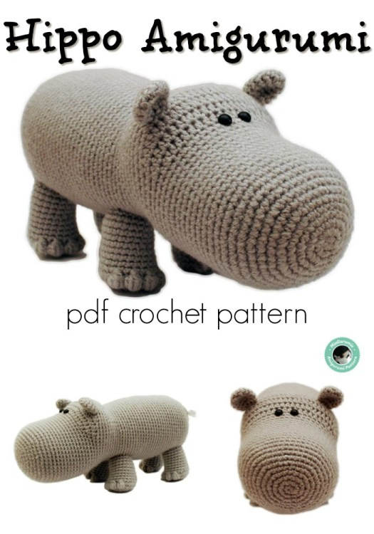 Hippo Amigurumi crochet pattern. What a fun toy pattern to make! I want a hippopotamus for Christmas! How fun would she be with a big bow under the Christmas tree?! #crochetpattern #amigurumipattern #crochettoy #amigurumitoy #craftevangelist