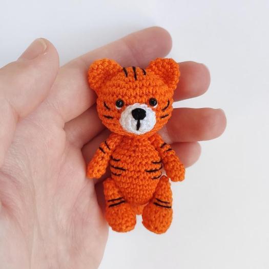 Baby Tiger amigurumi pattern - Amigurumipatterns.net   525x525