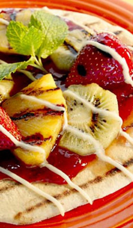 Grilled_Fruit_PizzaART_HEAD