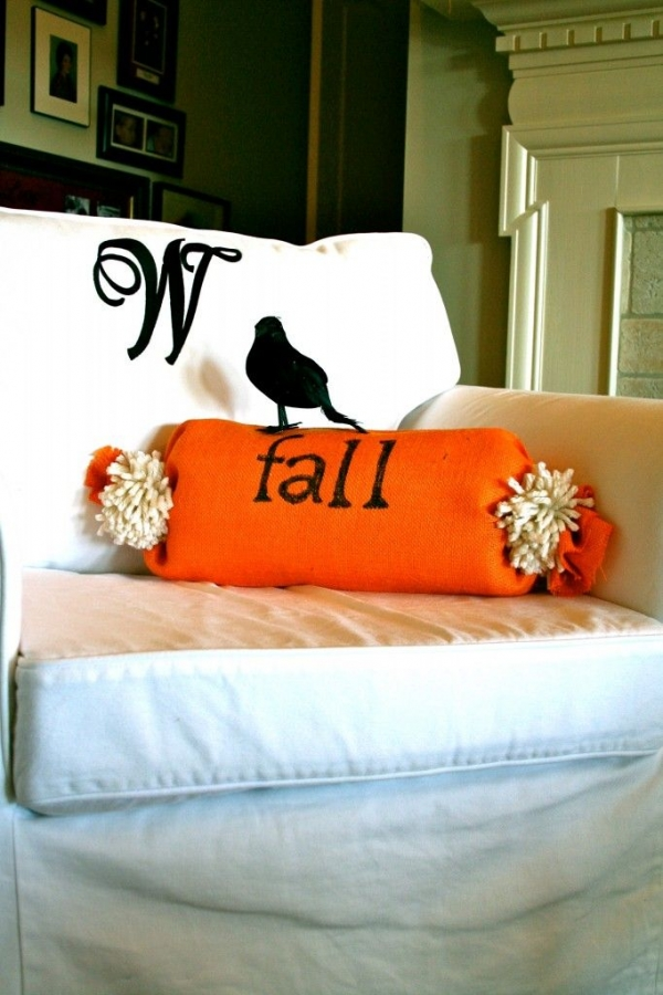 Fall DIYs, Throw Pillows for Fall, DIY Fall, Make Your Own Throw Pillows, Fall Home Decor, Home Decor for Fall.