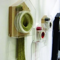 The Knitting Clock: Automatically Knits a 6 feet scarf