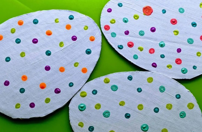 polka dot cardboard Easter eggs